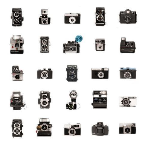 Retro-Film-Polaroid-Cameras