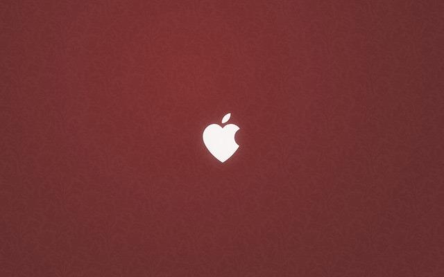 Apple_Heart_Wallpaper