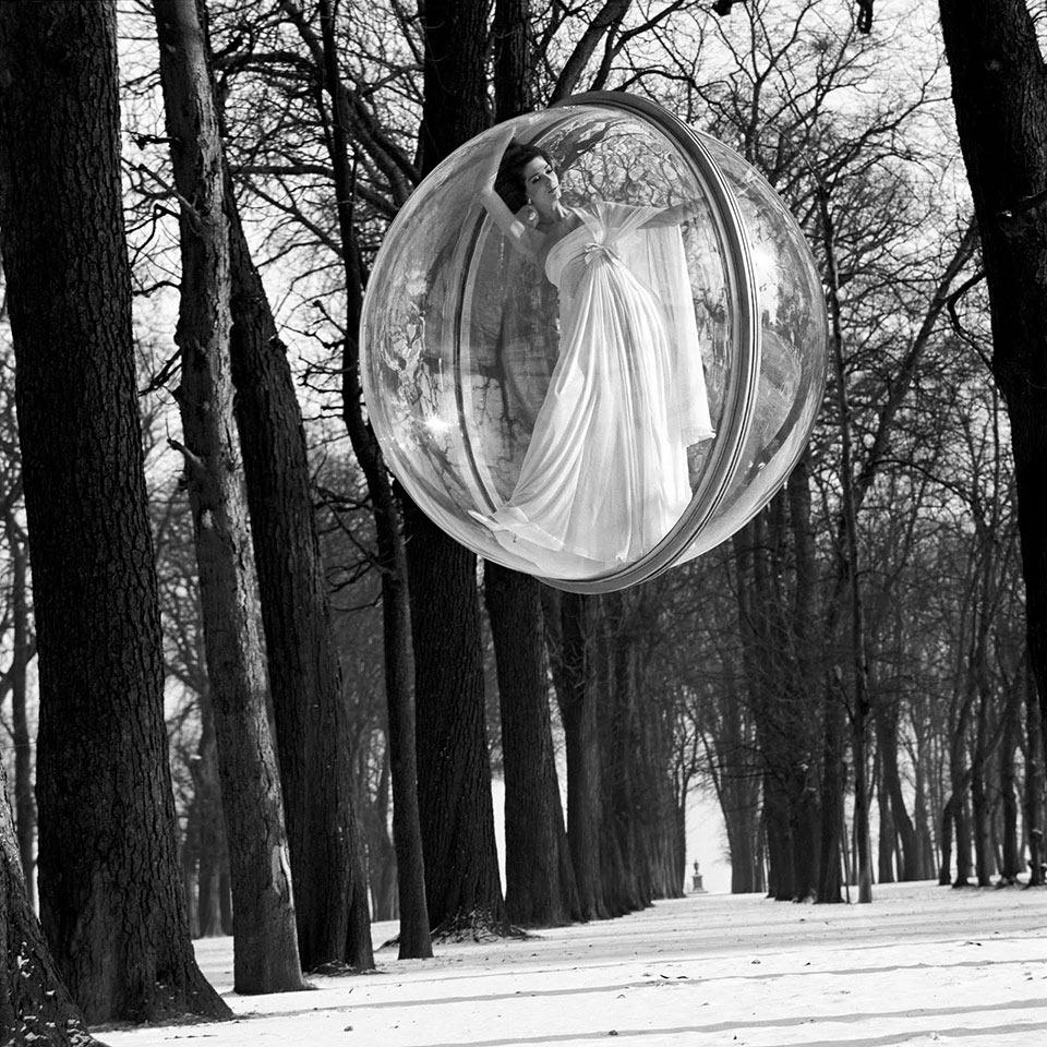 Melvin_Sokolsky_ Bazaar_1963_ST Germain