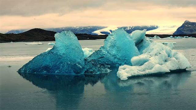 Legend-A-Journey-Through-Iceland-02