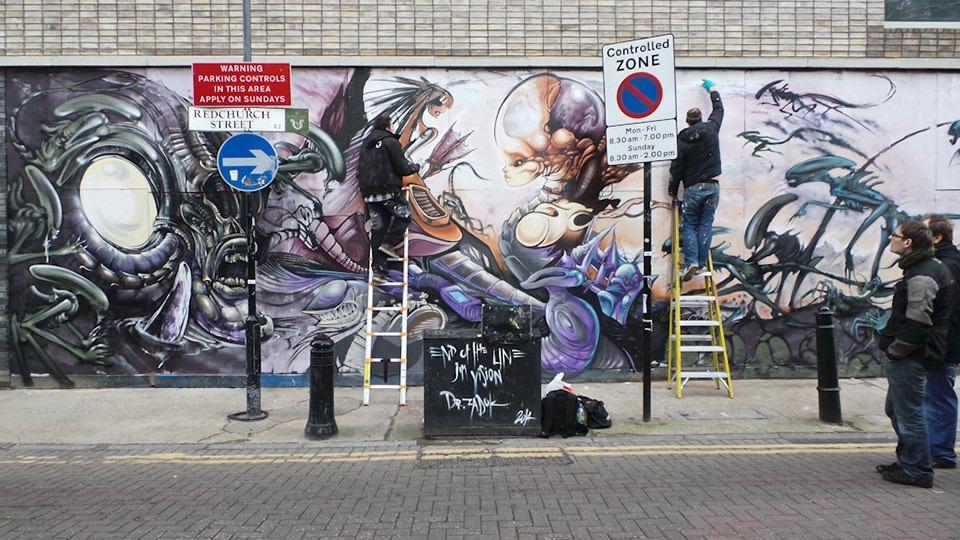 Aliens-Mural-by-Dr-Zadok-&-Jim-Vision-02