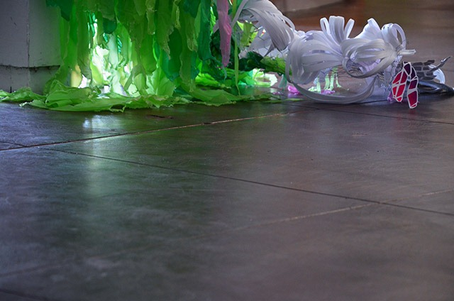 Pseudoscape---A-Large-Scale-Art-Installation-by-Crystal-Wagner-08