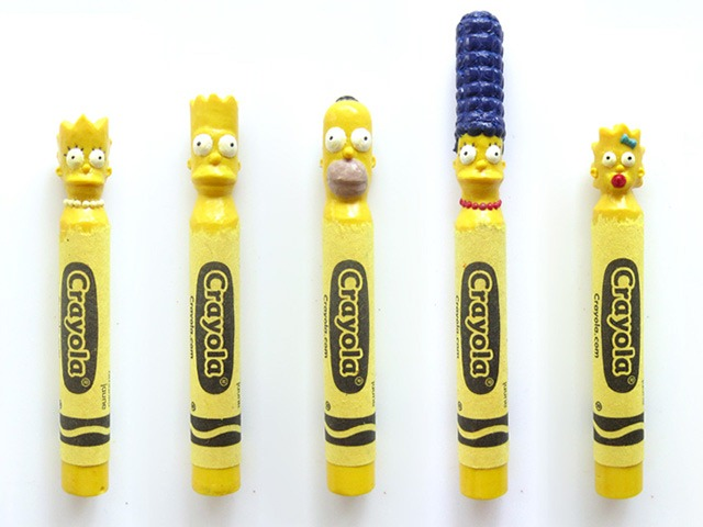 The-Simpsons-Crayon-Sculptures-by-Hoang-Tran
