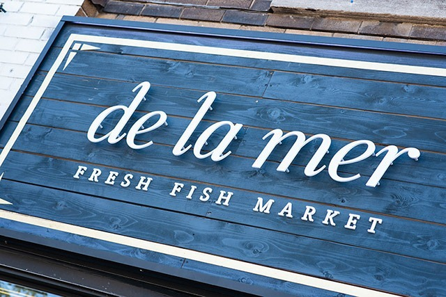 De-La-Mer-Brand_Identity_01