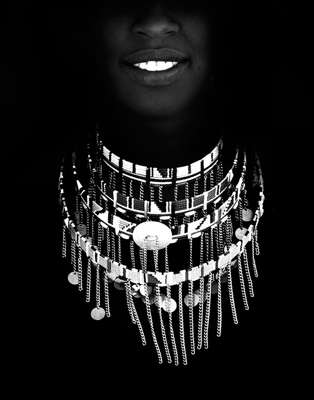 Masai-Woman-Pete-Johnson-Powerful-Black-and-White-Photography