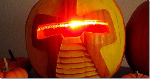 Cylon Jack-O-Lantern – Cool DIY Halloween Project