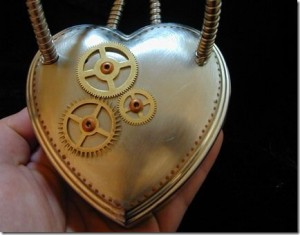 Valentine Steampunk Heart Jewelry Box_2