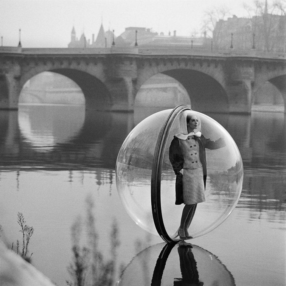 Melvin_Sokolsky-Bubble_Series-River-Seine