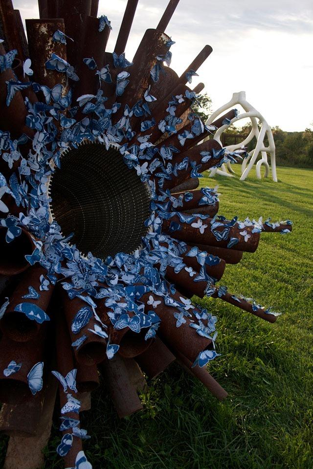 Guerilla-Sculptures-Tasha-Lewis