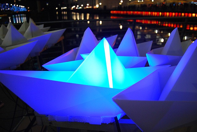 Voyage – An Art Installation of 300 Illuminated Paper Boats