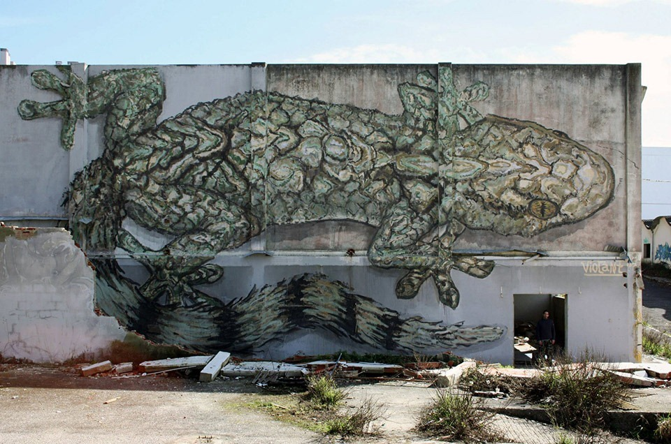 Mural-by-Violant