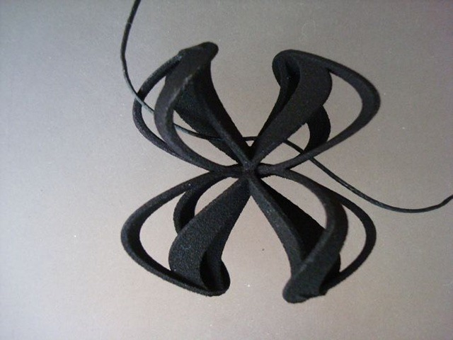 3D-Printed-Pendants-by-Aris-Papamarkakis-027