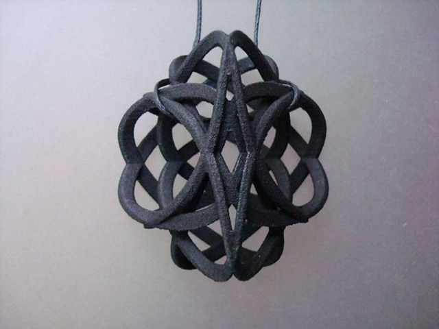 3D-Printed-Pendants-by-Aris-Papamarkakis-087