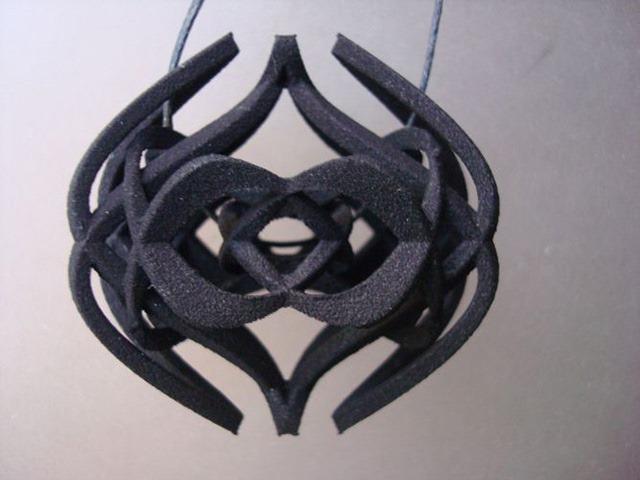 3D-Printed-Pendants-by-Aris-Papamarkakis-093