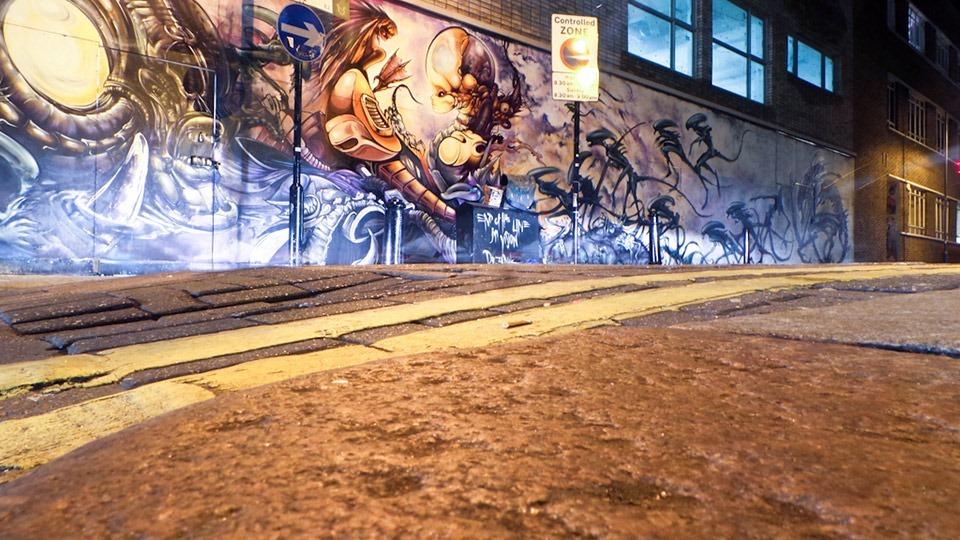 Aliens-Mural-by-Dr-Zadok-&-Jim-Vision-05