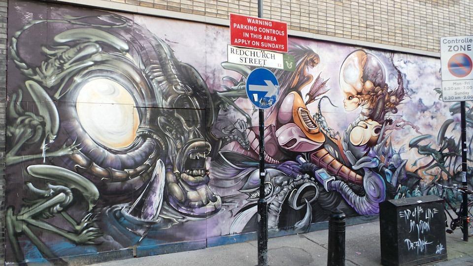 Aliens-Mural-by-Dr-Zadok-&-Jim-Vision