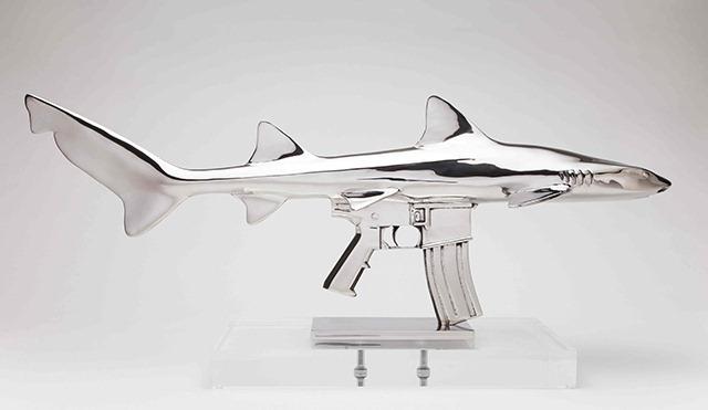 Shark-Gun-stainless-steel-sculptures-by-Chris-Schulz-Leopard-AR_2