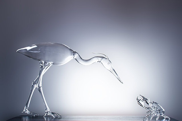 Simone-Crestani_The-hunting-heron_2014_90x50x25-cm_Borosilicate-glass-flameworked
