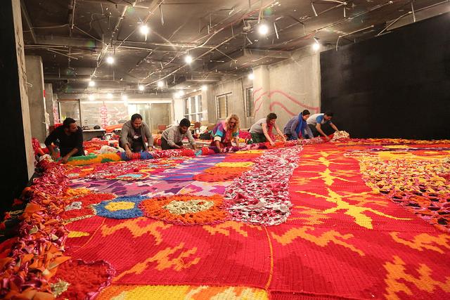 Olek-Rain-Basera-Crocheted-Yarn-Installation-in-New-Delhi-05