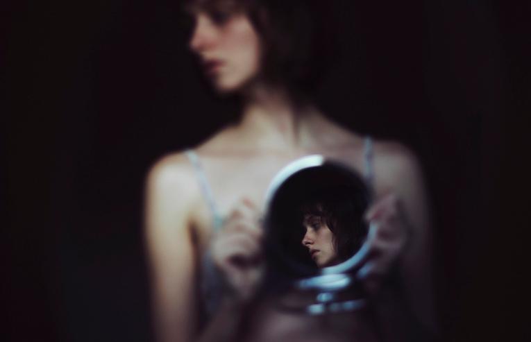 The Breathtaking Self-Portraits of Croatian Photographer Isabella Bubola